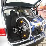 Kofferraumlift kann in Kombis, Mehrzweckfahrzeugen und Allradfahrzeugen